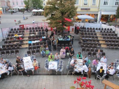 Bühne & Tribüne in Wiener Neustadt